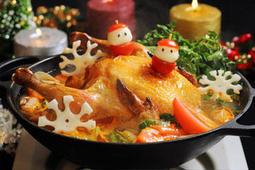 Aloha Amigo まるごとチキンのクリスマス鍋が登場。