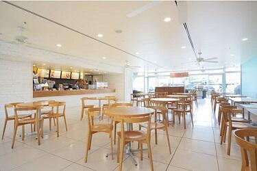 クリスタルカフェ(小さめ).jpg