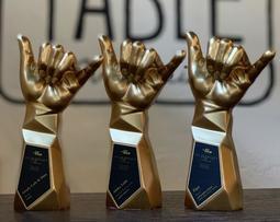 ハワイで3冠達成! ハワイ州観光局公認「111-HAWAII AWARD」にてグランプリ受賞