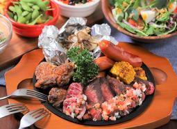 【アロハテーブル】熱々ジューシーな鉄板BBQ「ハワイアンBBQ」で、夏を先取りしませんか?