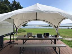 【葛西臨海公園】緑に囲まれた自由で開放的な空間で、新しいミーティングスタイル「オープンエアーミーティング」をご提案